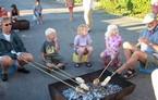 Snobrødsbagning med børn og voksne